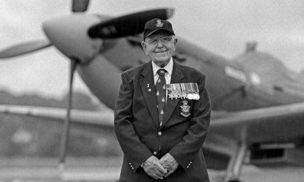 Flt. Lt Arthur Reidgh © Wattie Cheung
