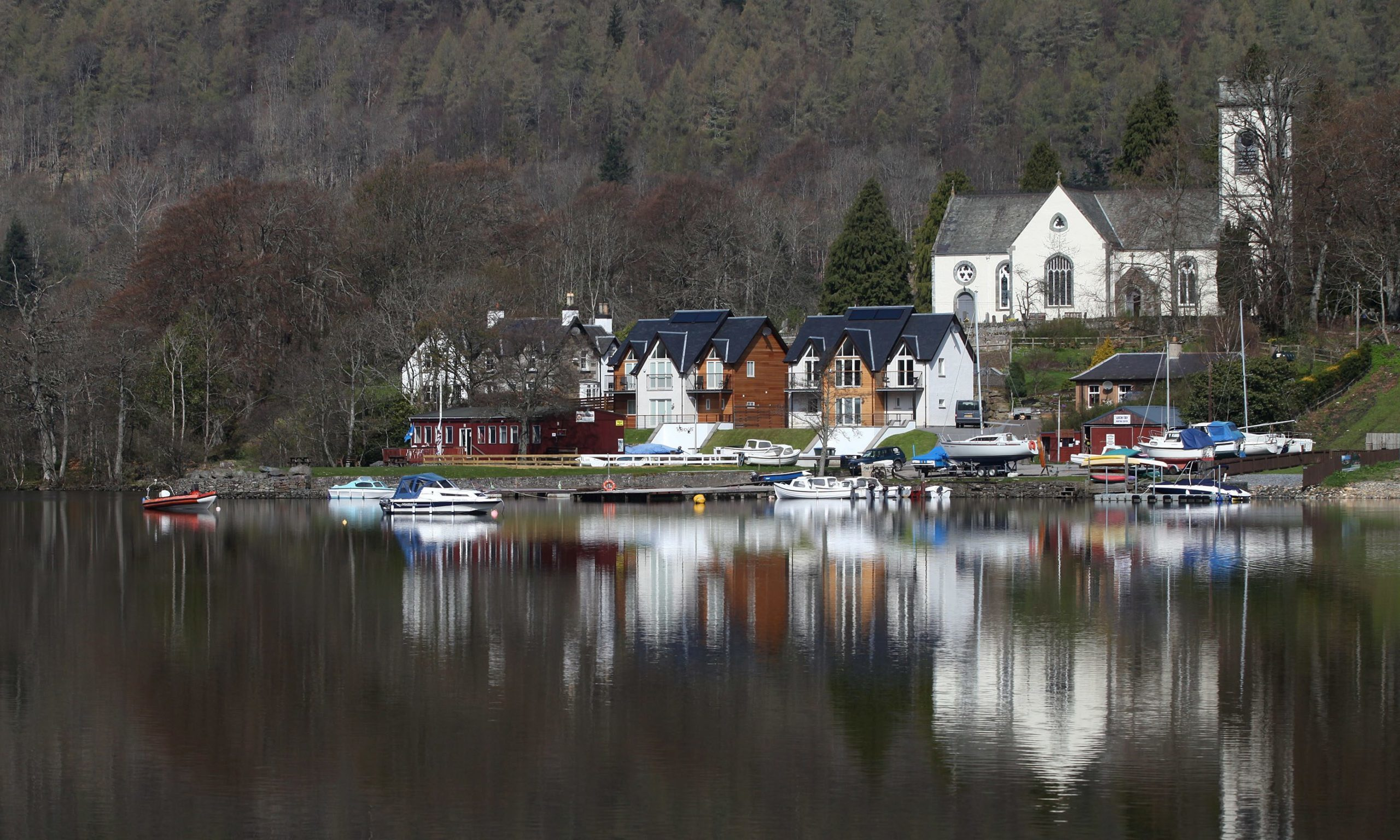 Anglers are travelling across Scotland to fish at Loch Tay in Kenmore.