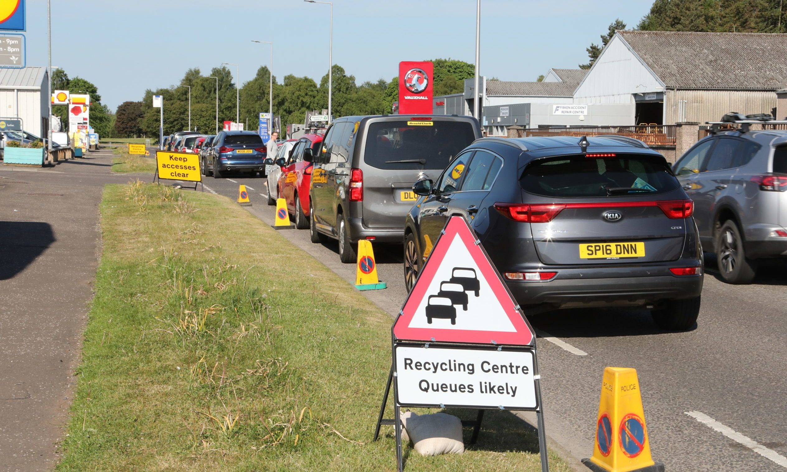 Traffic queuing to get into Forfar recycling centre.