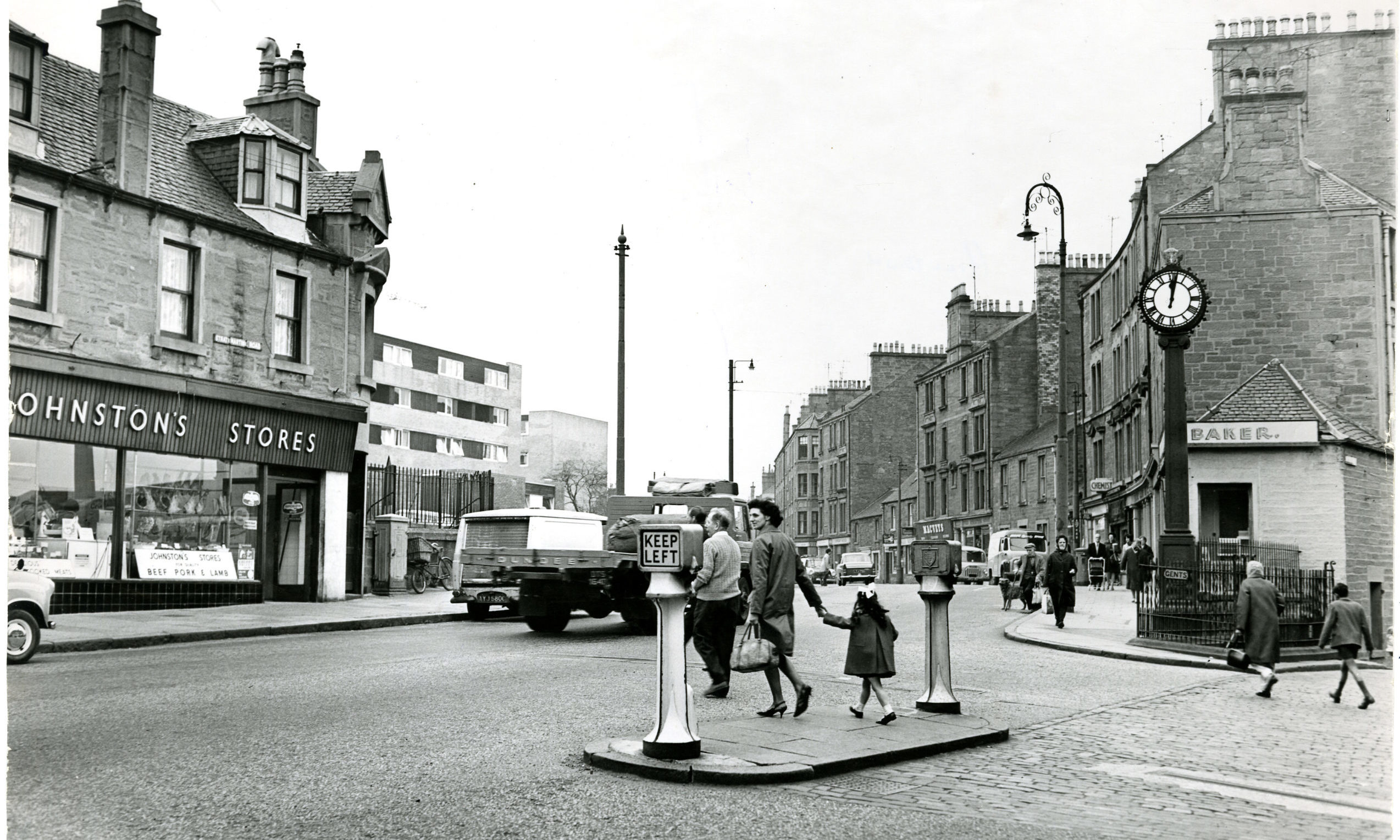 The crossing at the Hilltown Clock in June 1968.