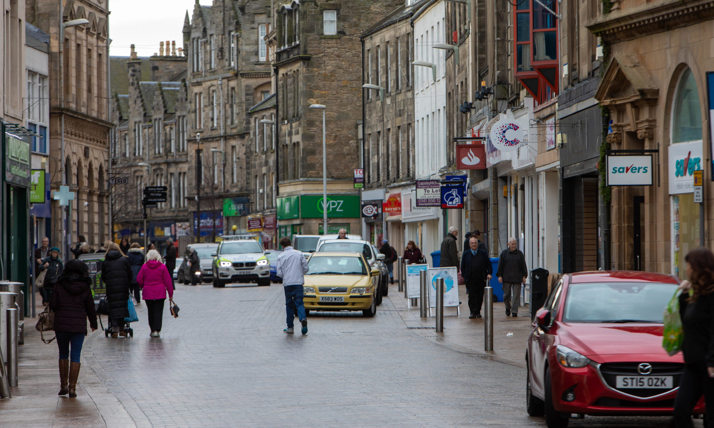 Quiz is located on Kirkcaldy High Street pictured).