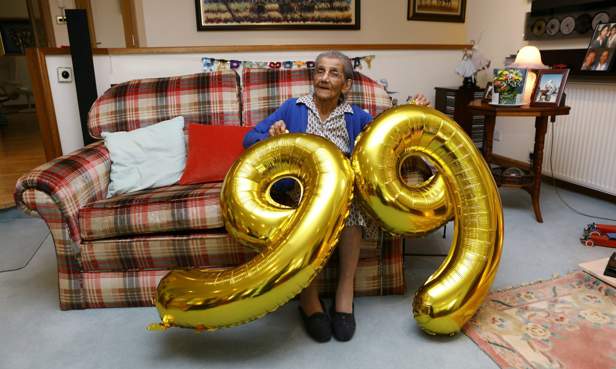 Courier News - Ross Gardiner story - Daphne Shah. CR0022279 Picture shows; Daphne Shah at home in St. Madoes today, celebrating her 99th birthday, after recovering from Covid-19 earlier this year.