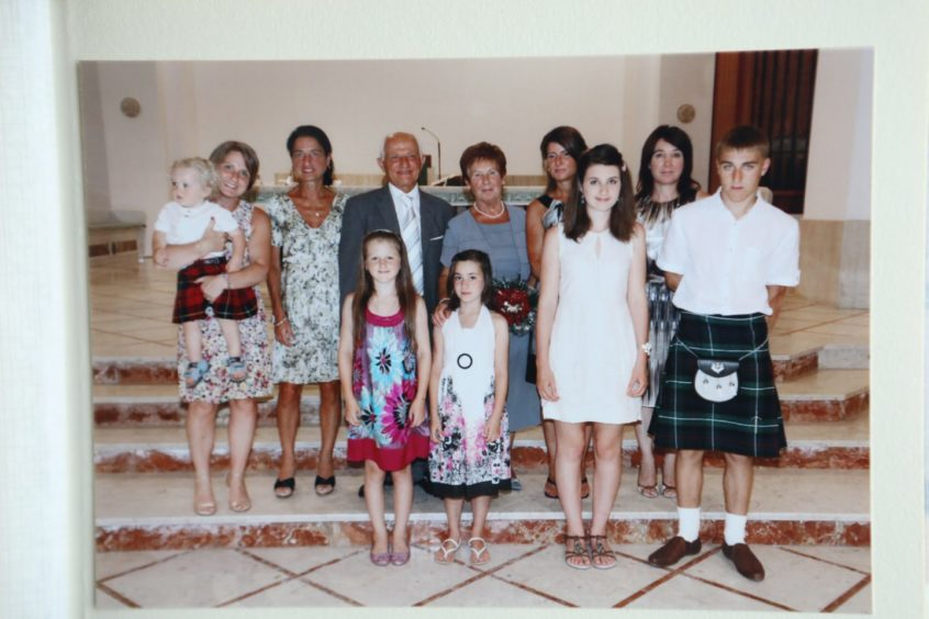 Betty and Peppino Lapadula with their daughters and grandchildren.