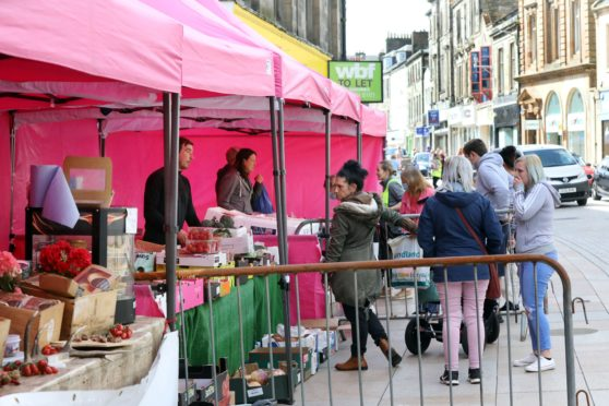 Fife public urged to shop local at events such as Kirkcaldy's weekly farmer's market.