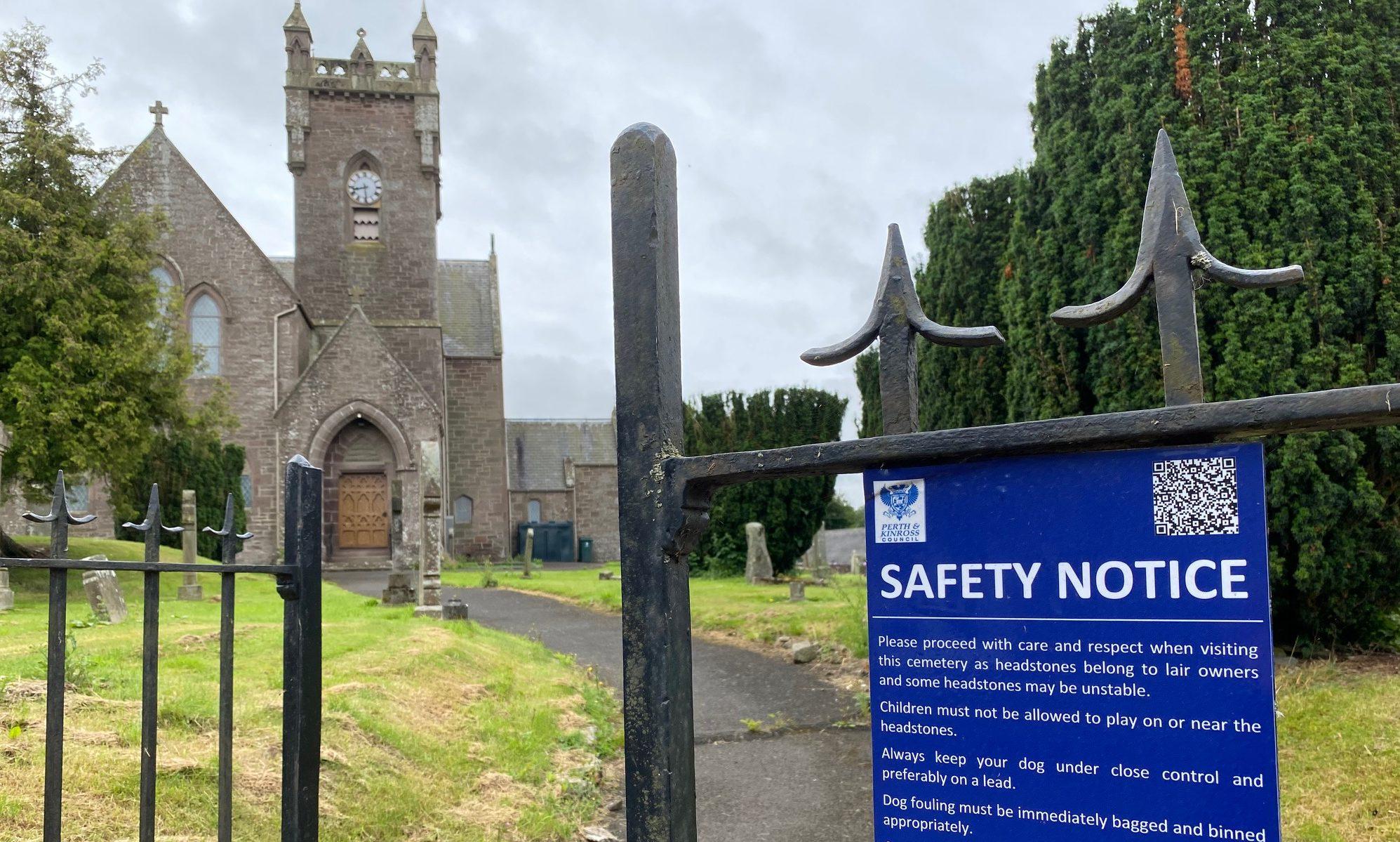 Meigle Churchyard