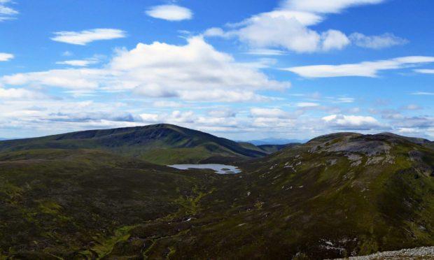 Loch nan Eun, from An Socach.