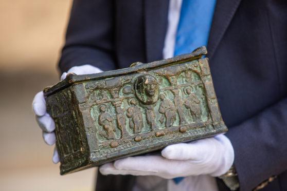 O Baú da Carta descoberto em uma casa em Alyth