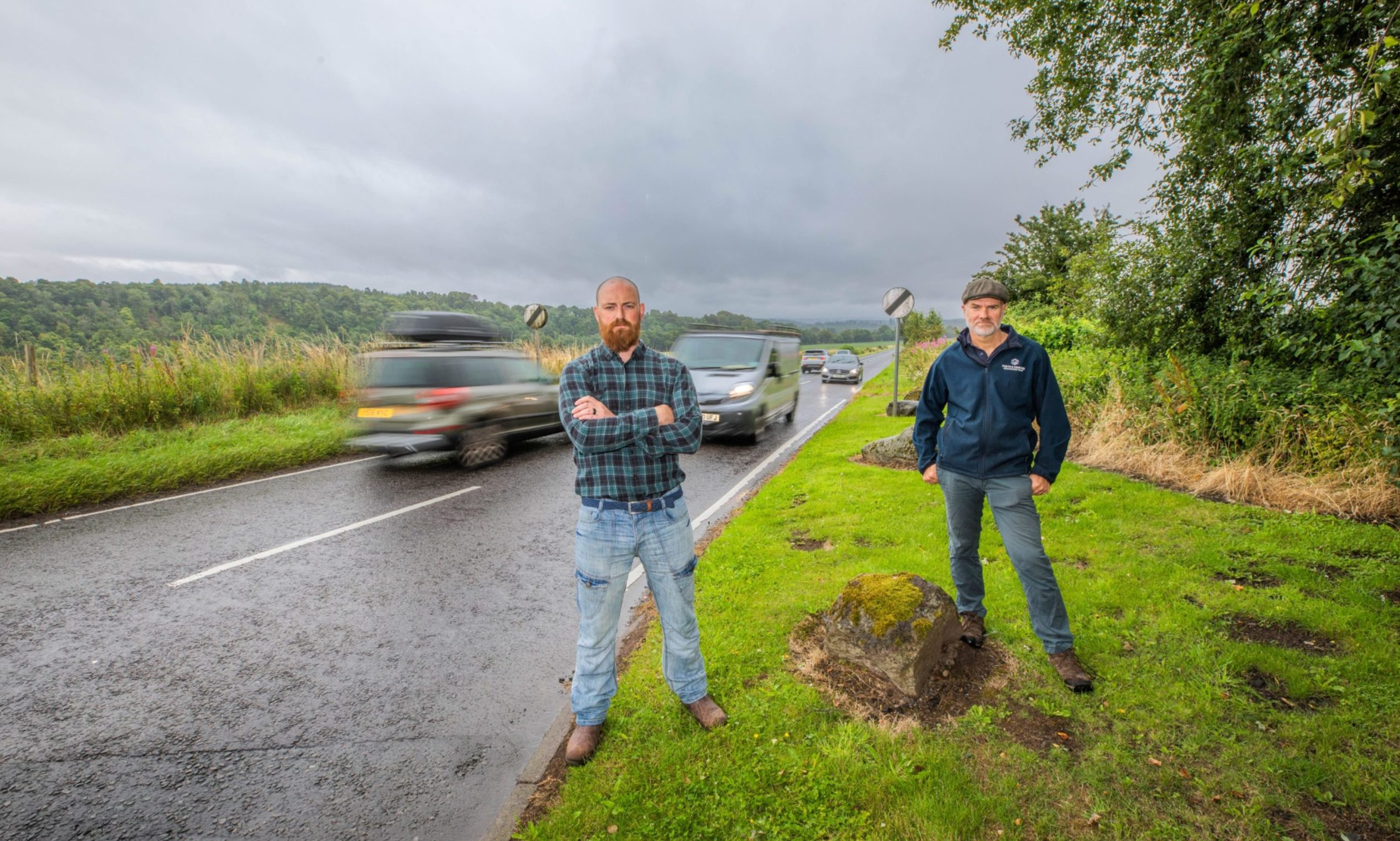 Mark McDonald, Stanley Development Trust, and Andy Barrie, Strategic Routes Officer at Perth and Kinross Countryside Trust.