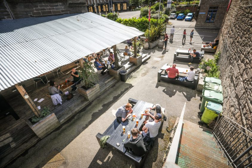 Scone Arms is opens its new outdoor pub - The Social Distance Inn