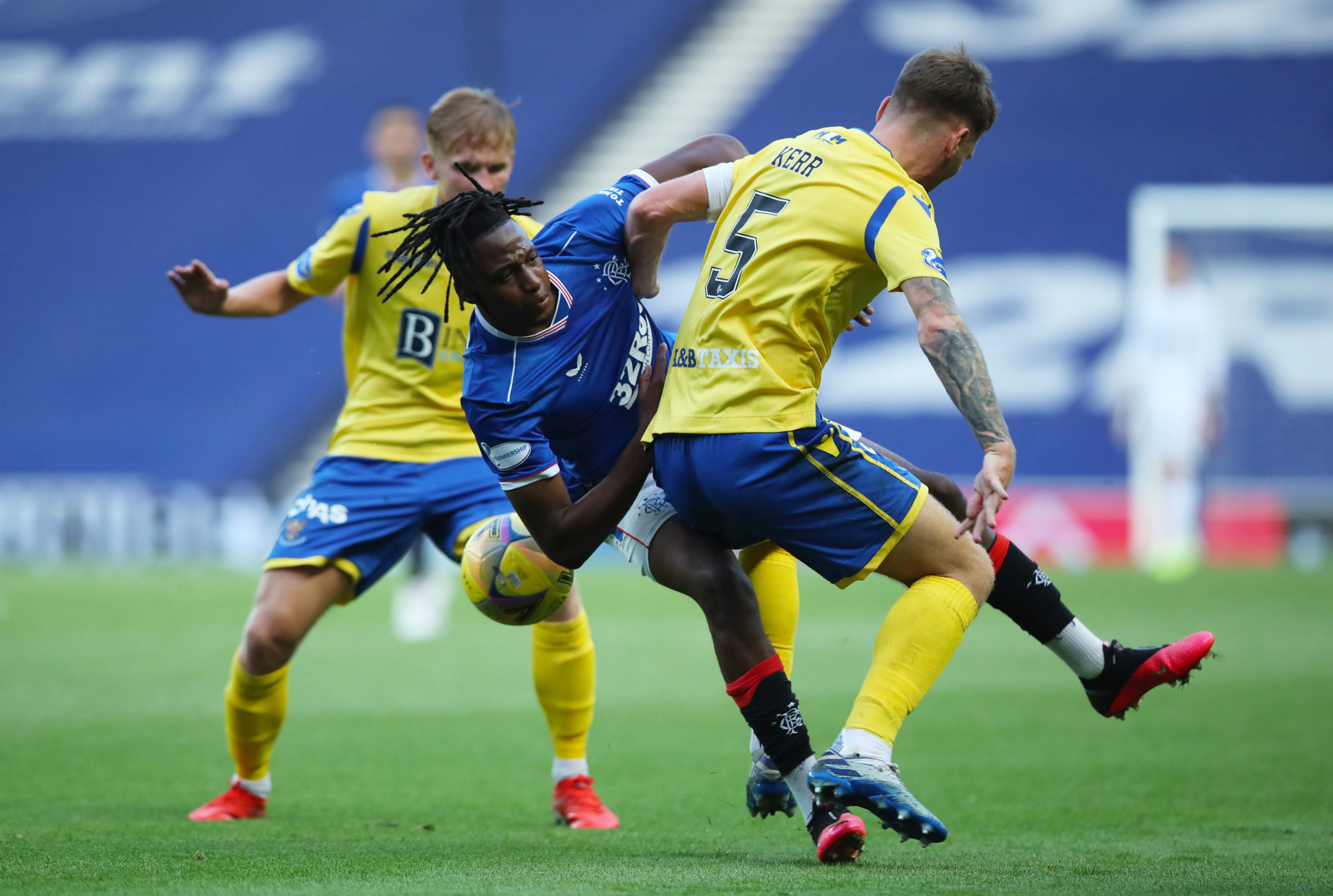 Jason Kerr blocks Joe Aribo.