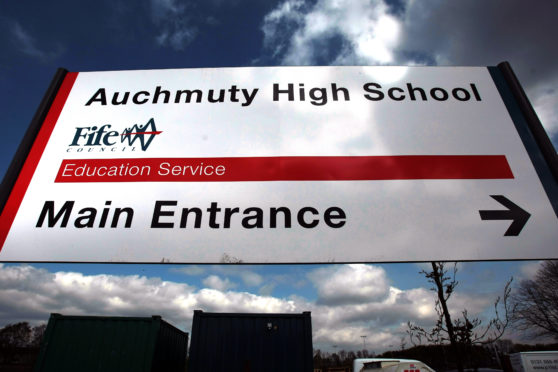 Concerns have been raised about the lack of social distancing amongst some pupils.