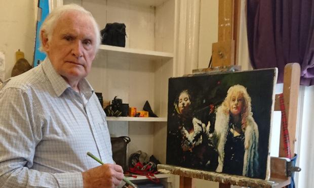 80-year-old Dundee artist Joe McIntyre