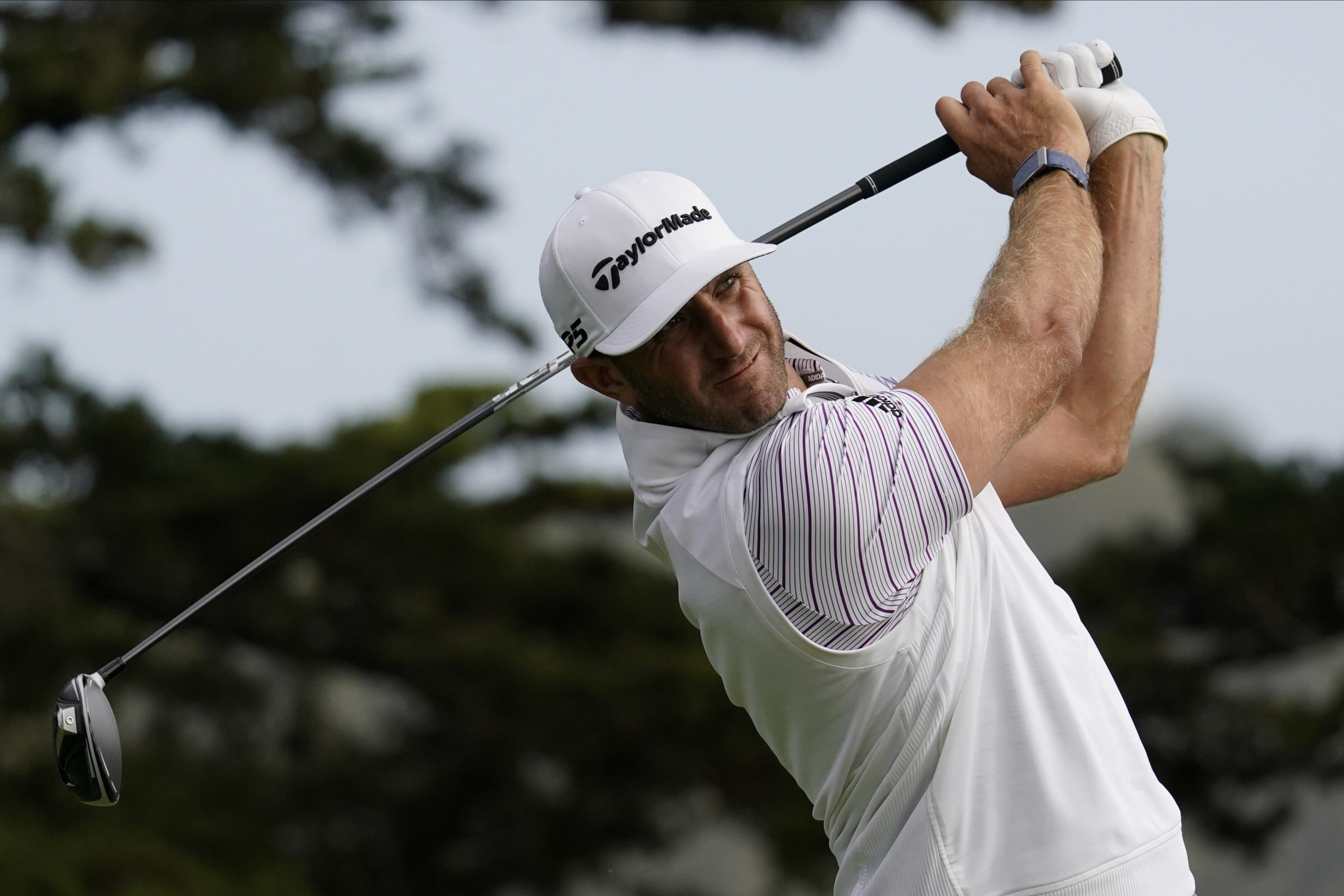 Dustin Johnson leads again going to the final round of a major.