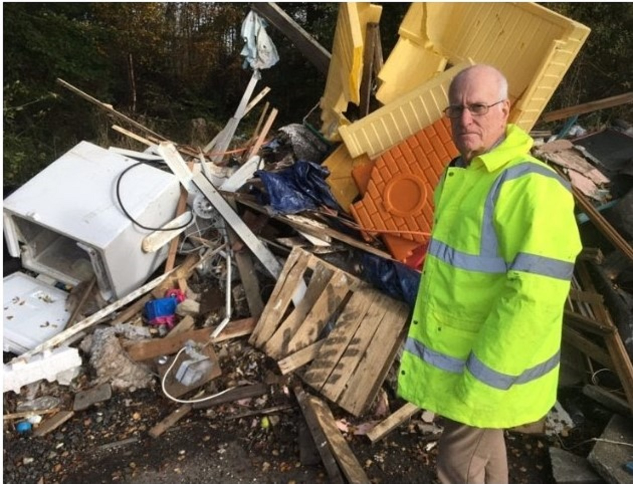 Councillor Vettraino is to launch a new Environmental Vandalism Strategy designed to tackle illegal dumping, littering, dog fouling and graffiti.