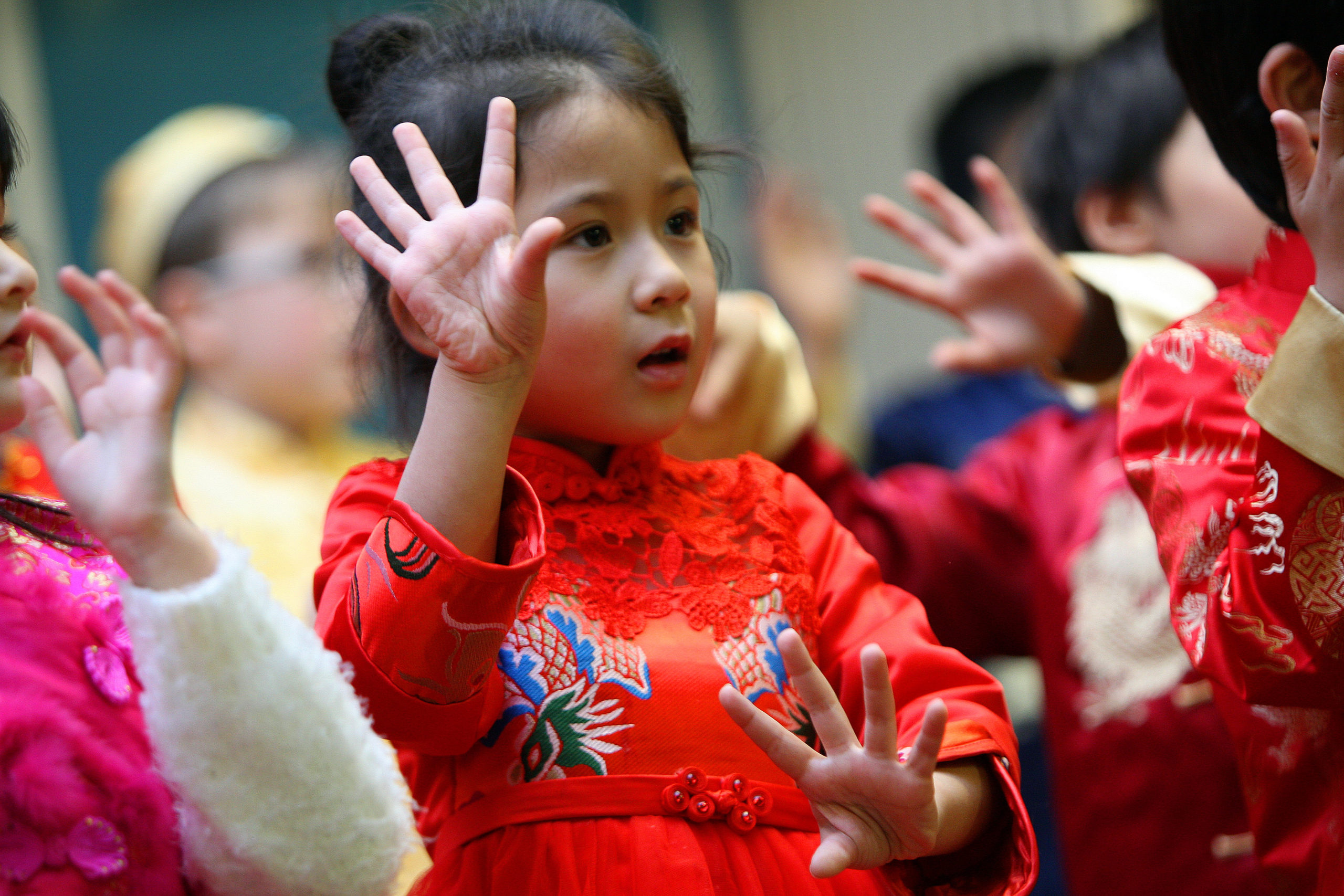 Children at Dundee Chinese School will return to virtual learning soon