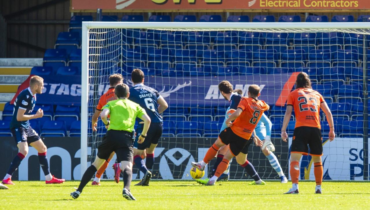 Peter Pawlett equalises for Dundee United.