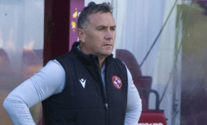 Dundee United can go fourth in Premiership on Saturday but Micky Mellon sees Hamilton trip as an opportunity to keep improving