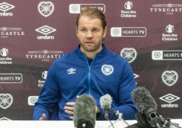 Hearts boss Robbie Neilson expects Dundee advantage ahead of league kick-off next week