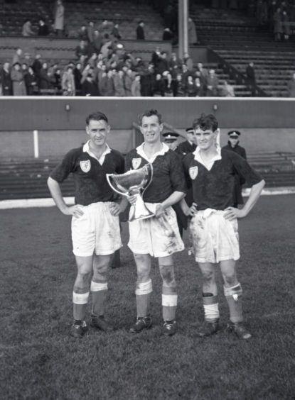 Boyd (centre) with the League Cup in 1952.