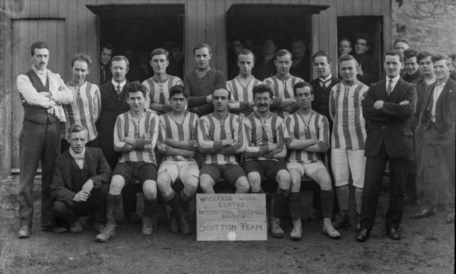 Scottish football team at Wakefield Work Centre, 1917