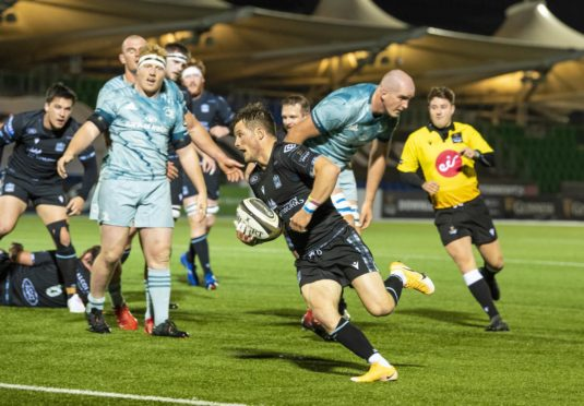 George Horne scores Glasgow's first half try against Leinster.