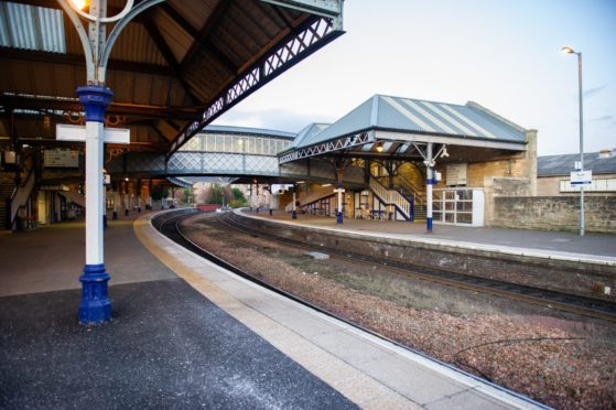 Train journeys between Perth and Edinburgh could be reduced.