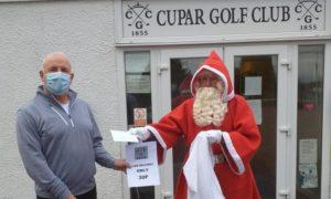 Cupar Golf Club Captain Keith Ridley with 'Santa'