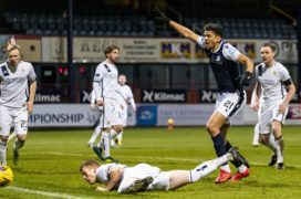Dundee 3-1 Alloa: Sow brace sees Dee come from behind to swat Wasps