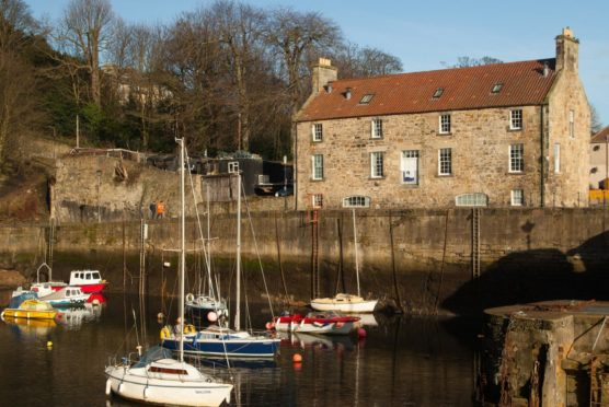 The search is on to find new tenant to revive the Harbourmasters' House  cafe bistro at Dysart.