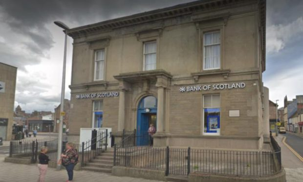 Munro tried to cash the fake cheque at the Bank of Scotland in Arbroath.