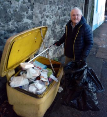 Councillor Peter Barrett urged locals to dispose of waste responsibly.