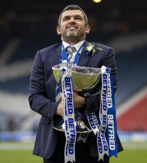 Callum Davidson with the Betfred Cup trophy.