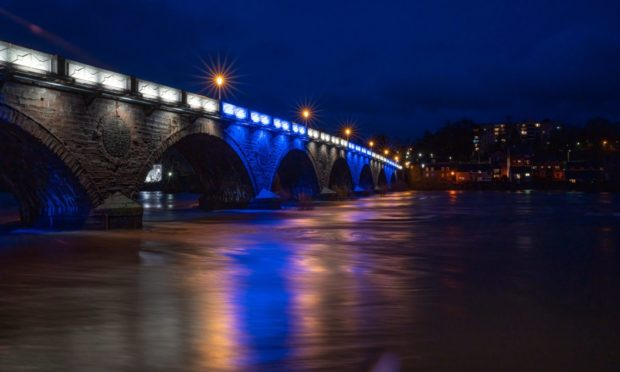 Smeaton Bridge in Perth was lit up tonight in blue & white to celebrate St Johnstone's cup final appearance.