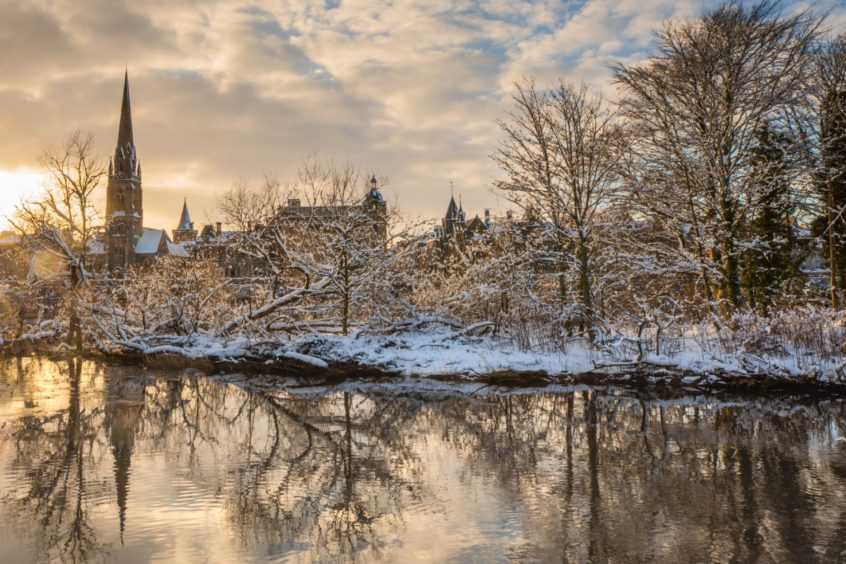 The River Tay in Perth in the snow.