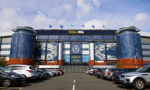 Hampden chiefs have approved return of lower leagues.