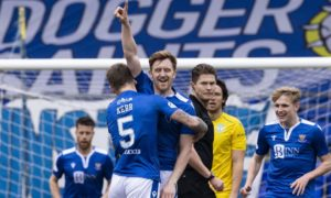 Liam Craig scores the winner for St Johnstone in 1-0 victory against Hibs