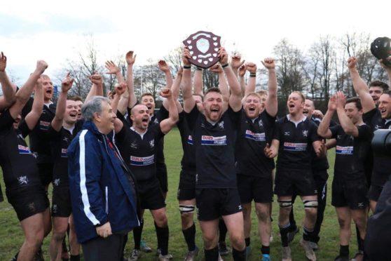 Strathie celebrating Caledonia Shield success in 2018/19