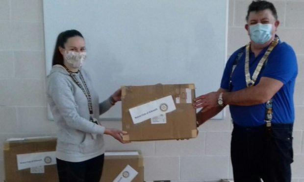 Kirsty Thompson, principal teacher at Hayshead Primary School and John Rawlings, Arbroath Rotary Club President.