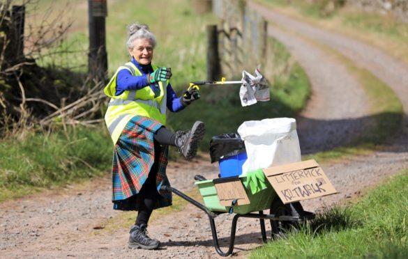 Ellie Stirling on her Kiltwalk litter-pick