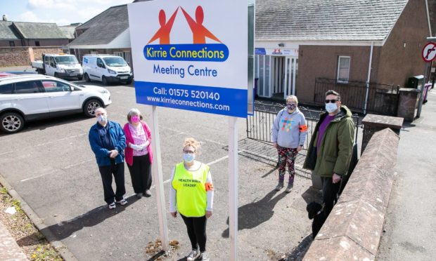Kirrie Connections walking group