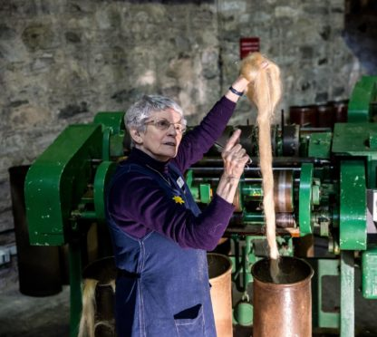Lily Thomson, Verdant Works volunteer, worked in mills all her life.