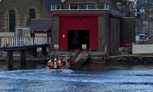 To go with story by Lindsey Hamilton. woman in water Picture shows; BF RNLI. Broughty Ferry. Supplied by BR RNLI Date; 11/04/2021