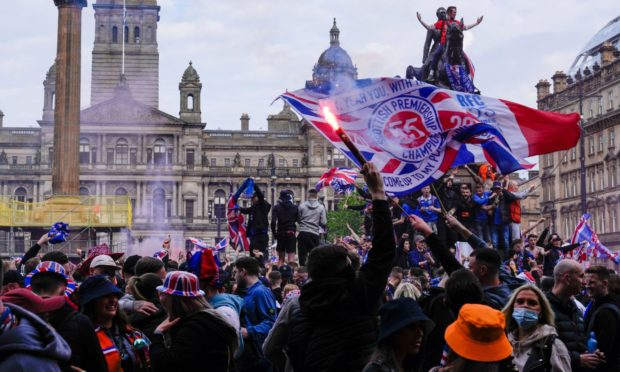 Rangers fans in George Square.