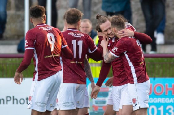 Cammy Russell and Kelty have ambitions of soaring through the SPFL if they overcome Brechin
