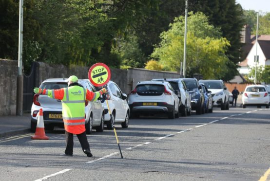 Parents have been asked to drive responsibly near Forthill Primary School following near misses with pedestrians.