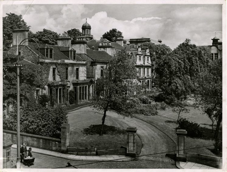 a view of the Queen's College campus from Perth Road in 1947