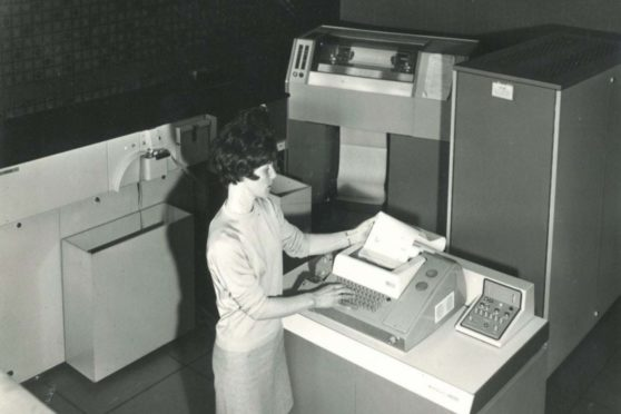 An image from the Abertay archives shows its first computer, an Elliot 4100, in the 1960s.