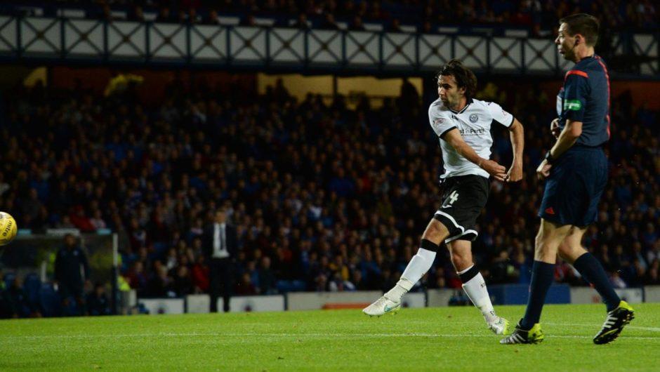 Simon Lappin scoring a goal for St Johnstone against Rangers.