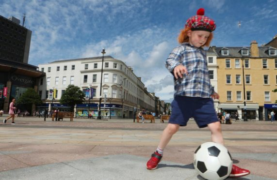 5-year-old Harry practices ahead of Scotland's big game on Monday