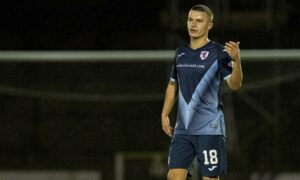 Dylan Tait delivers 'fantastic' verdict on Hibs and Scotland striker Kevin Nisbet as Raith Rovers star declares: 'I want to be the main main'